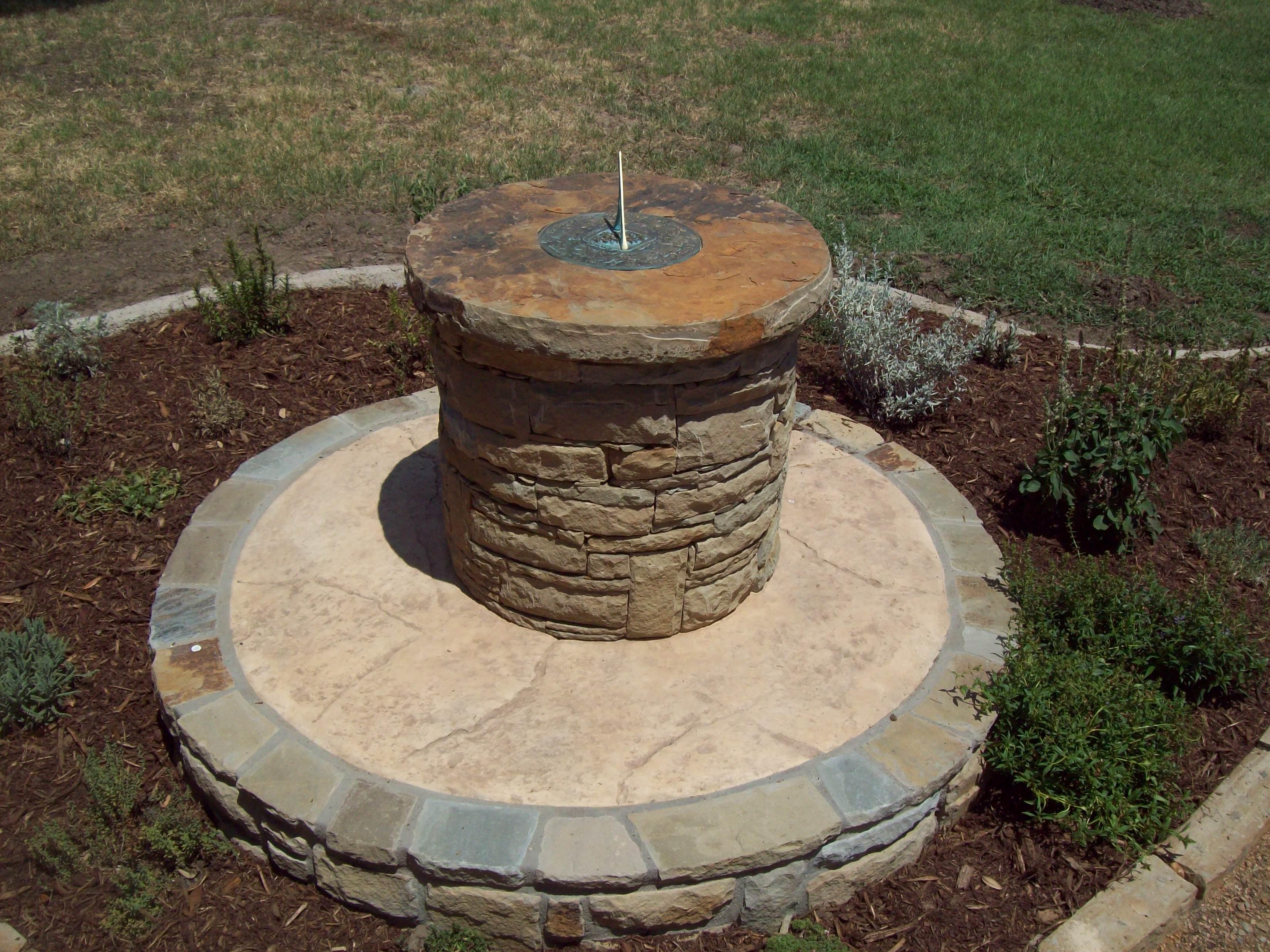 Sundial pillar in Issachar | Beulah Acres